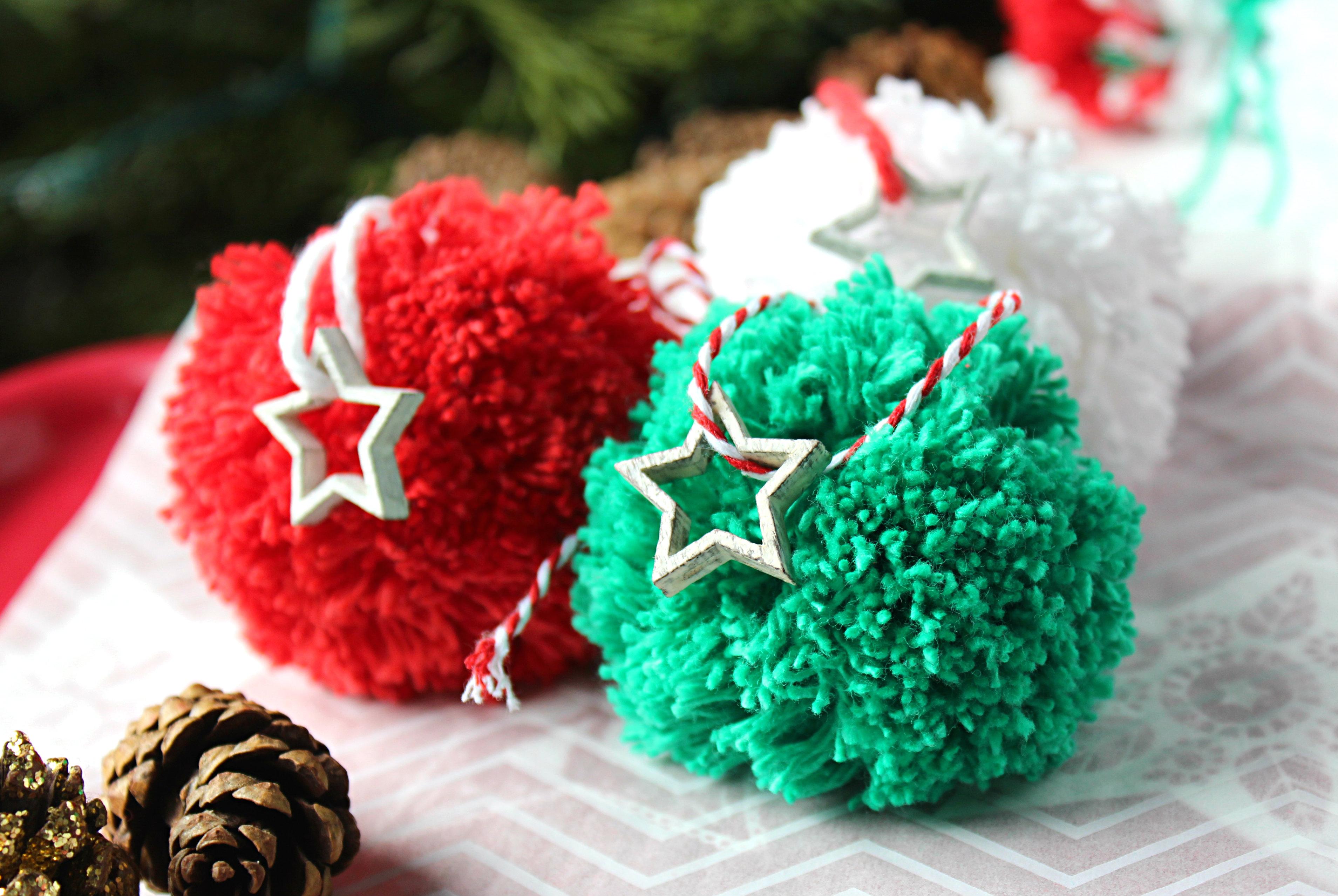 Pom Pom Christmas Tree Ornament Bebe And Bear